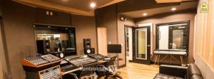 Peredam Suara Studio